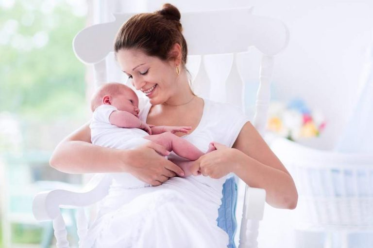 4 newborn baby care tips all new mums must know